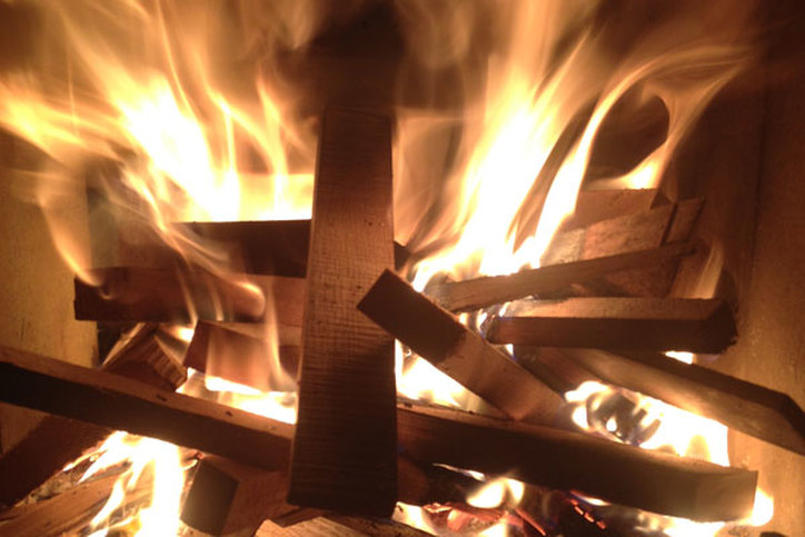 Wood fire with boatbuilding scraps
